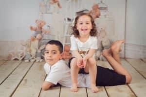 צילומי משפחה לאחות ולאח