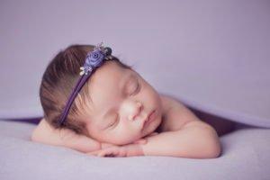 צילום ניובורן לתינוקת בת עשרה ימים