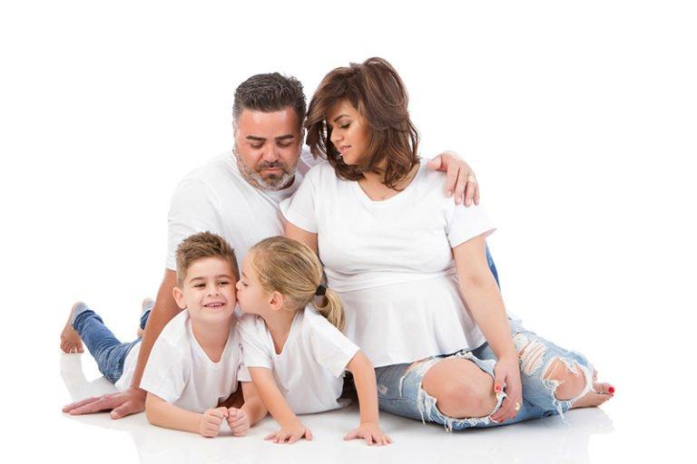 צילומי הריון עם המשפחה