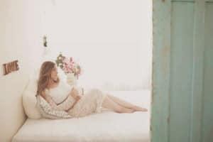 צילומי הריון ללי בתאורה טבעית